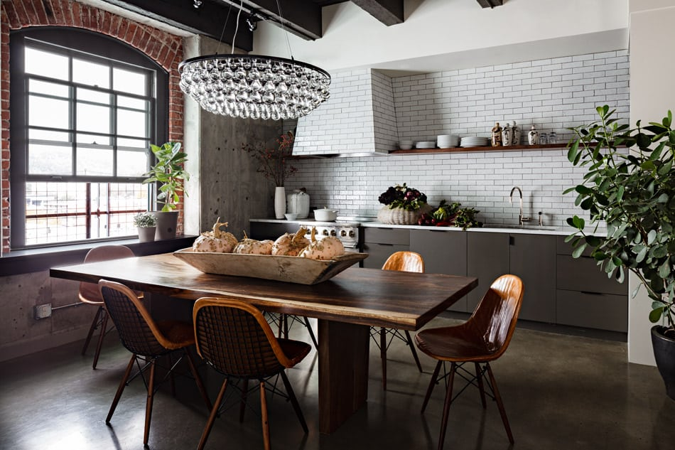 New york loft with warmth and earthiness