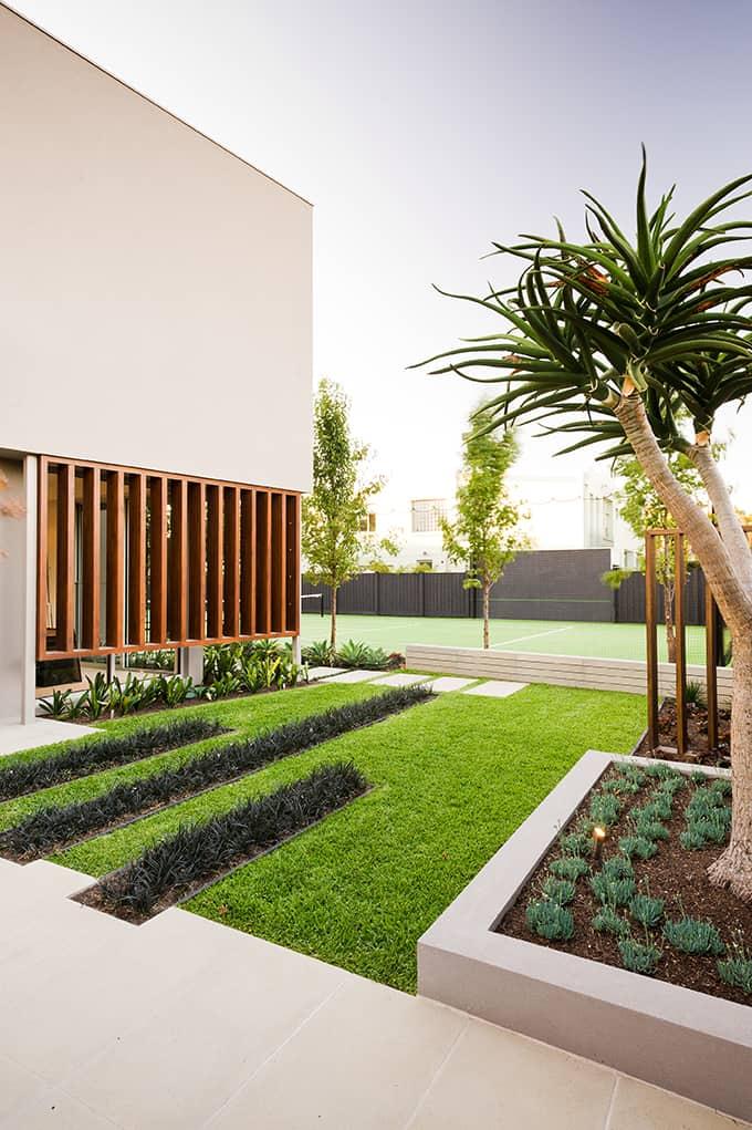 Warm minimalist landscape design in Caulfield